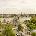 Widok na Most Lancuchowy Chain Bridge in Budapest