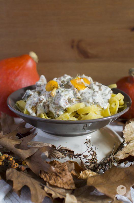 Tagliatelle z sosem śmietanowym z kurkami i gorgonzolą