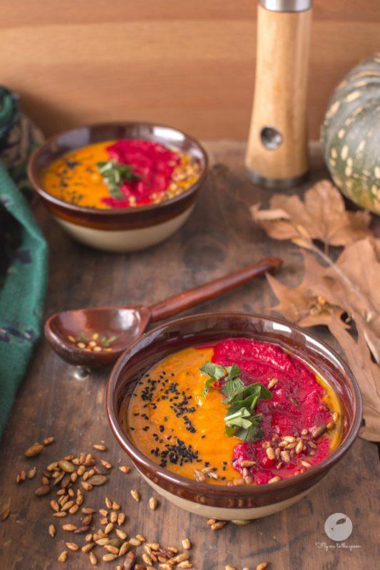Zupa dyniowo-czosnkowa z kremem buraczkowym