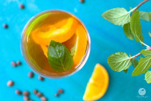 Pomarańczowa kawa mrożona