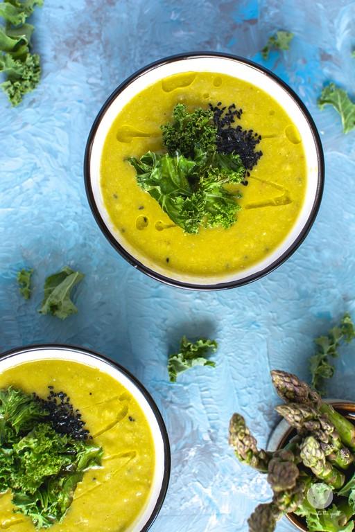Zupa z końcówek szparagów