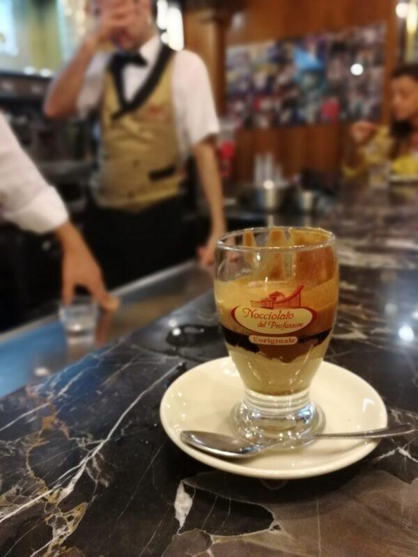 Neapol Gdzie i co zjesc w Neapolu – kulinarny przewodnik
