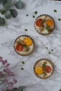 raw tartaletki z jajkiem-1