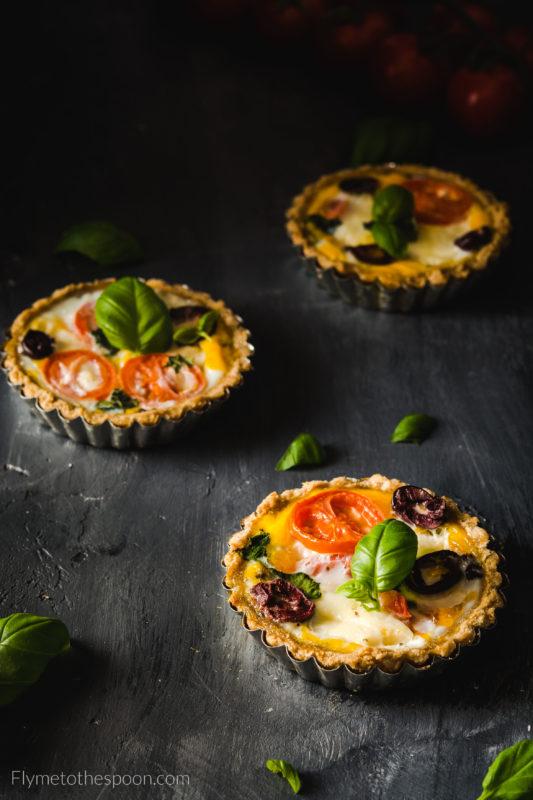 Tartaletki po włosku z mozzarellą i pomidoram low fodmap orkiszowe