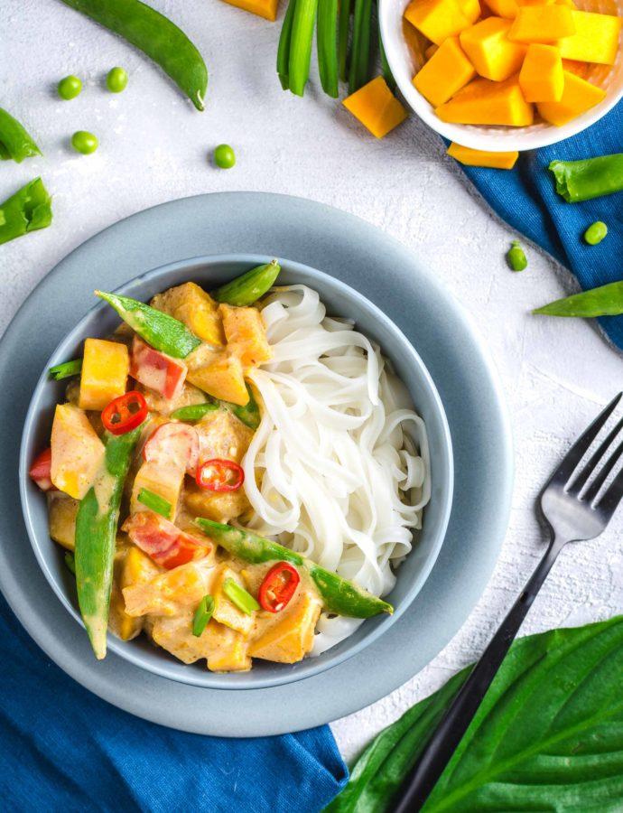 Tajskie czerwone curry z dynią – wegańskie, bez glutenu