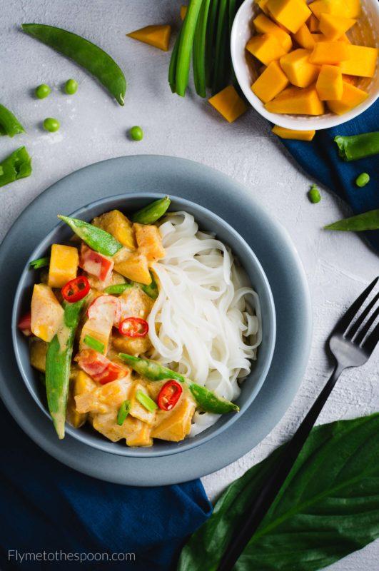 Tajskie czerwone curry z dynią - wegańskie, bez glutenu