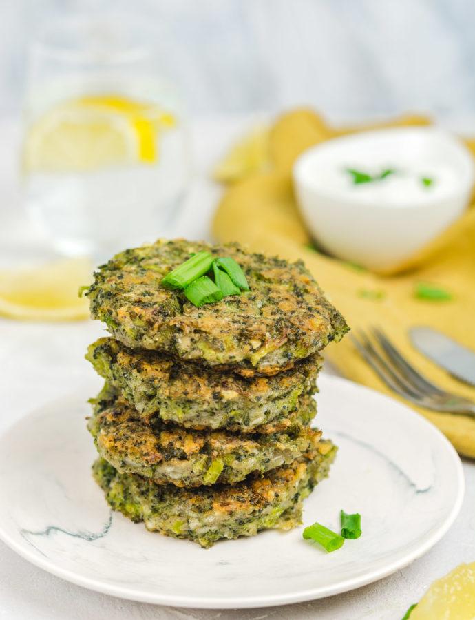 Placuszki brokułowe z parmezanem – bezglutenowe