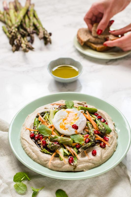 https://flymetothespoon.com/hummus-klasyczny-dyniowy/ pasta z bakłażana dip szparagowy jajka