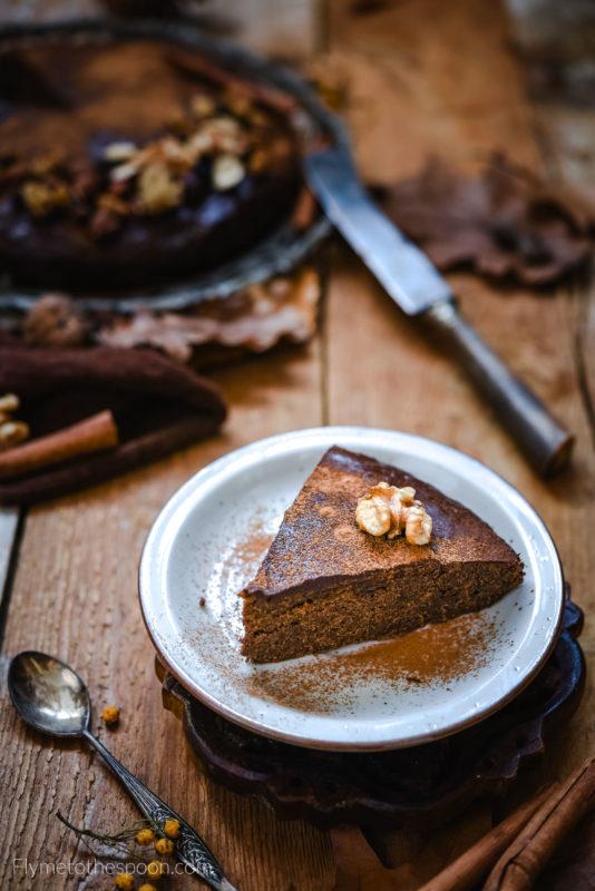 Bezglutenowy piernik marchewkowy - gryczane  ciasto marchewkowe z przyprawami korzennymi