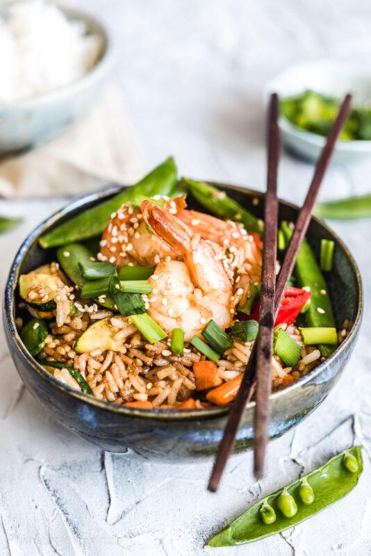 Ryż smażony po tajsku z krewetkami - khao pad