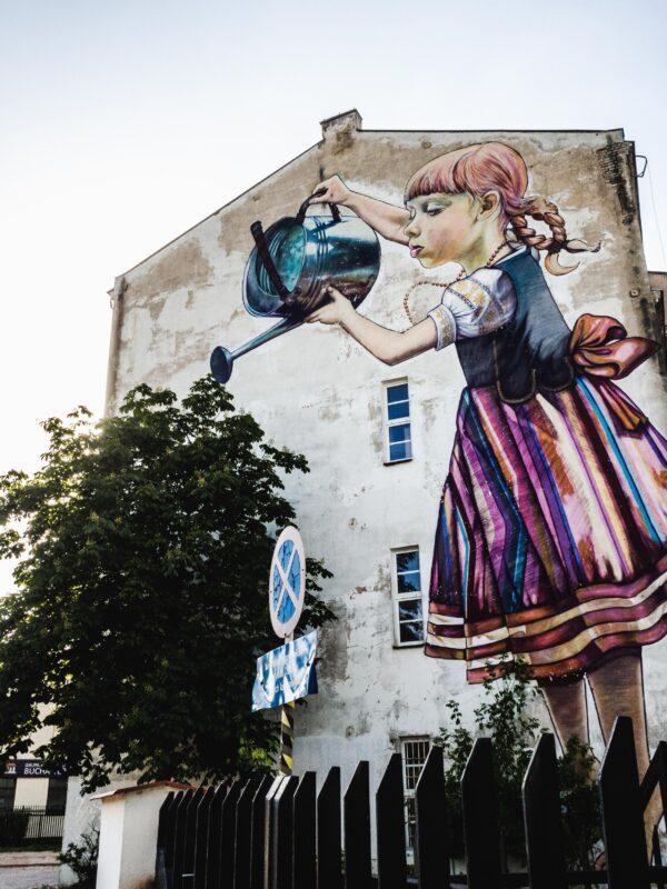 Co zobaczyć na Podlasiu Dziewczynka z konewką Białystok