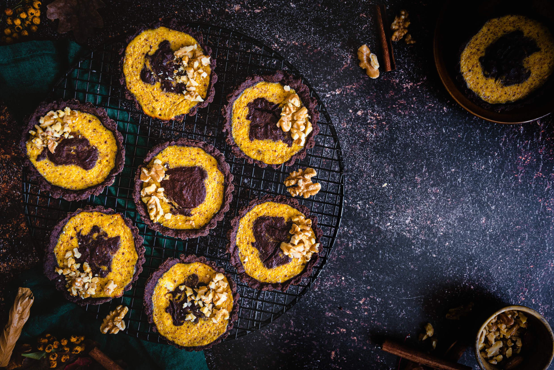Czekoladowe tartaletki sernikowe z dynią