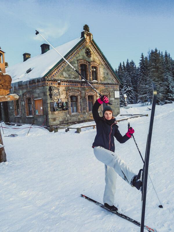 Góruy Izerskie Zimą - schronisko Orle