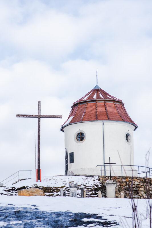 Kapliczka św. Anny na wzgórzu lepolda